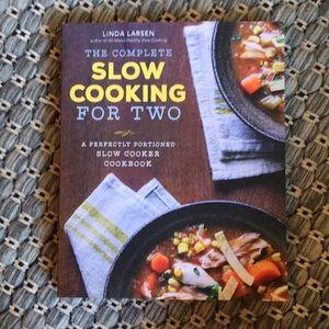 3/$25 Slow Cooking For Two, Linda Larsen. Cookbook